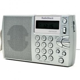 RADIOSHACK 20-125 AM/FM/SW TRAVEL RADIO
