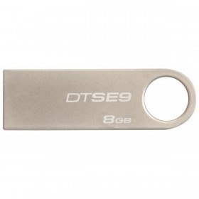 Kingston 8GB  DTSE9H  Flash Memory USB 2.0